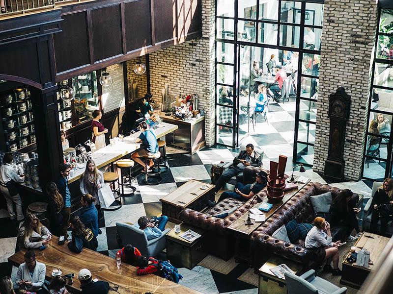 Cybercrime in coffee shops